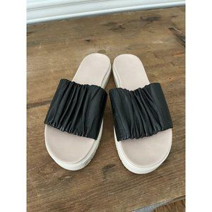 DANIELLA LEHAVI Sahara Soft Slide Sandals - 38